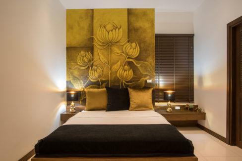27 Bedroom Suite 4