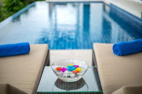 32 Swimming Pool