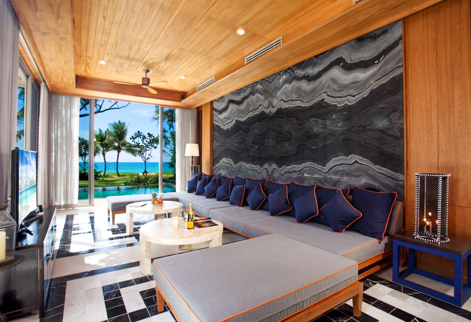 5-Bedroom Direct Beach Access Pool Villa