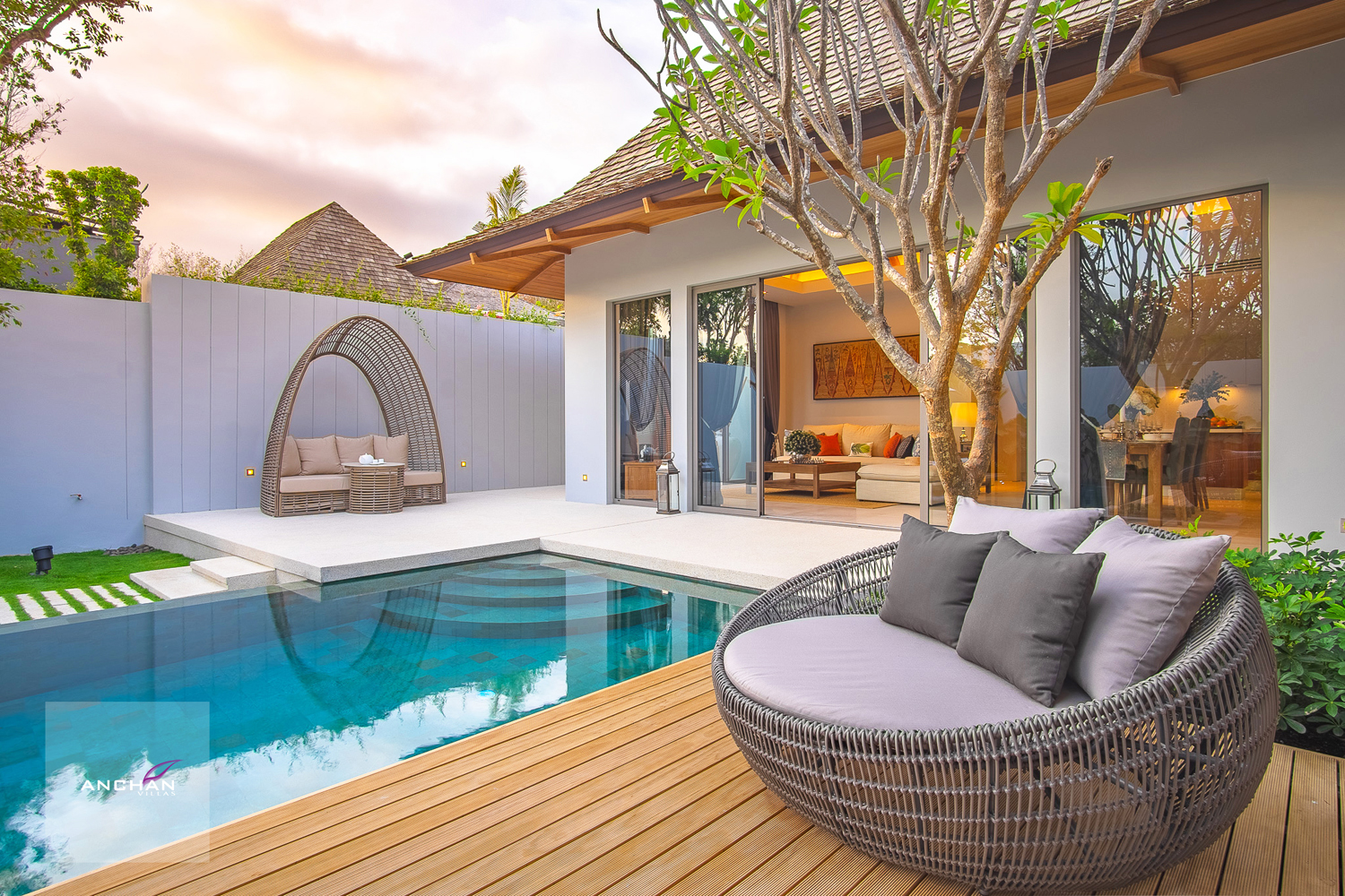 Renowned  Luxury Pool Villa Project in Layan