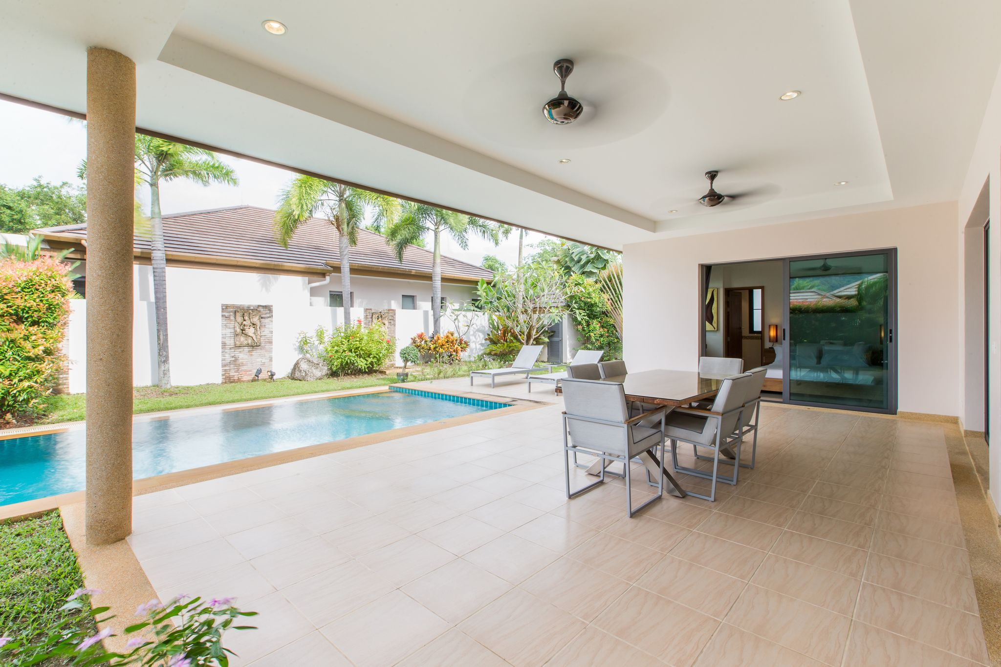 Beautiful Pool Villas Project in Cherngtalay