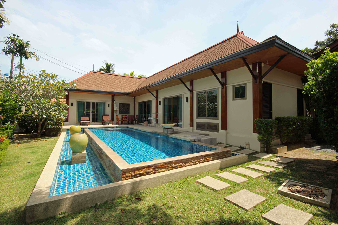 Modern Oriental-Style Pool Villa in NaiHarn