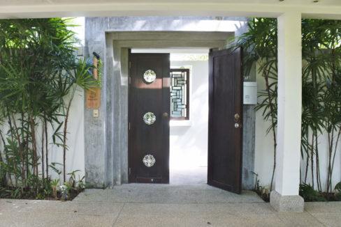 A1 - Entrance