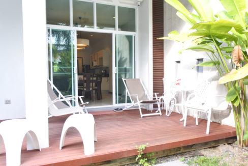B1 - Pool deck