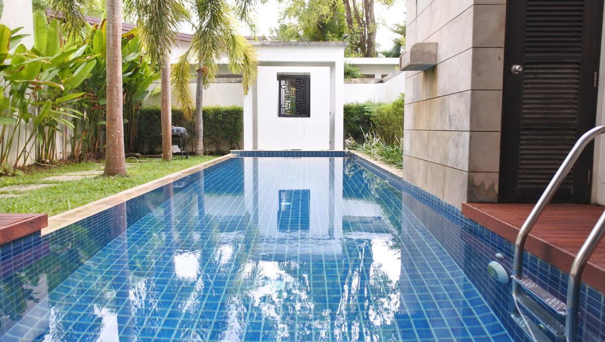 B1 - Swimming pool