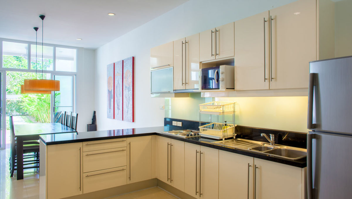 C1 - Kitchen and dining