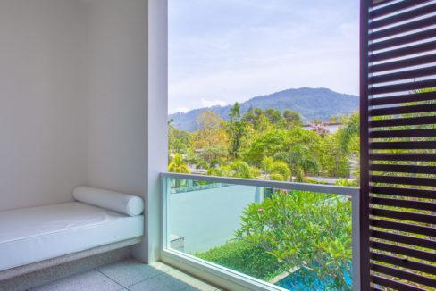 C1 - Master balcony
