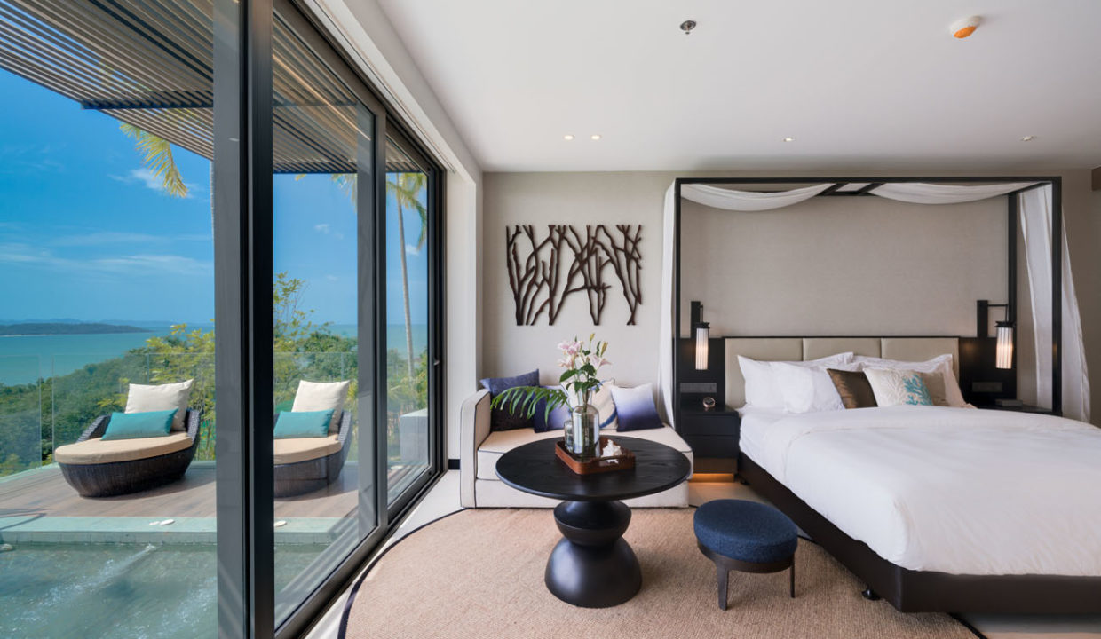 Pool Suite_Living and bedroom