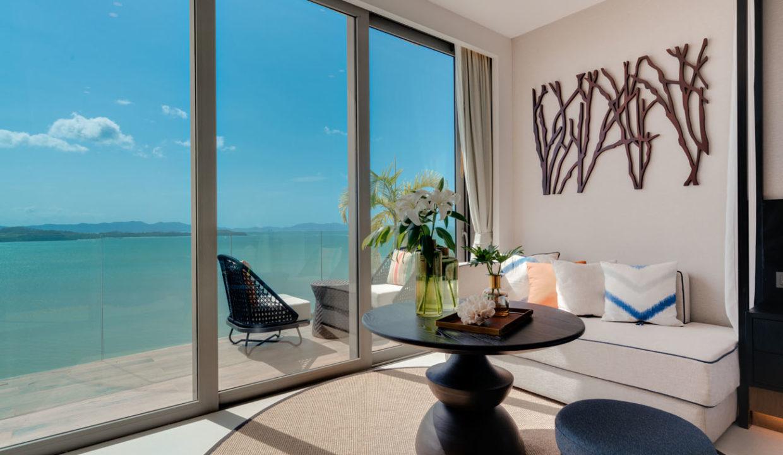 Suite _Living Area