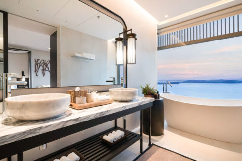 Suite_Bathroom with seaview