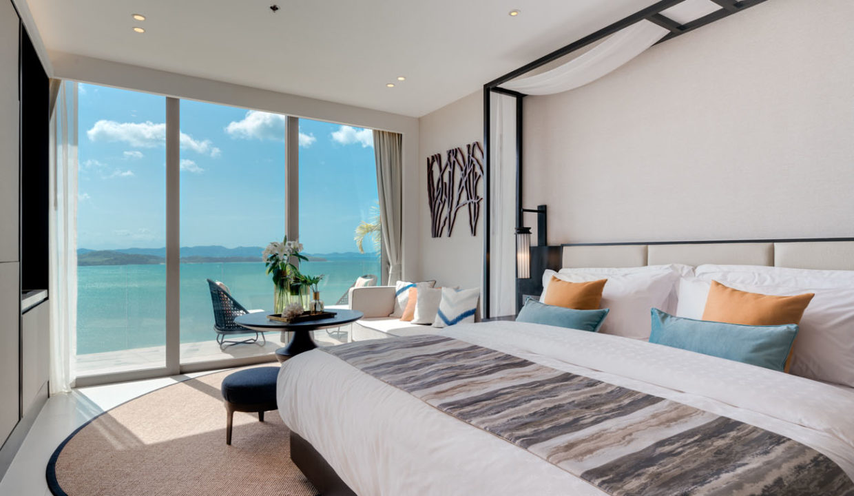 Suite_Bedroom with the view