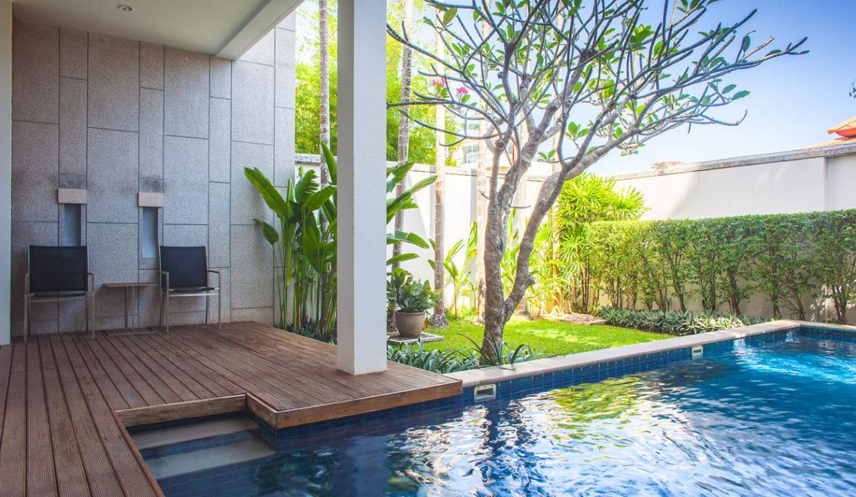 V5 - Pool deck
