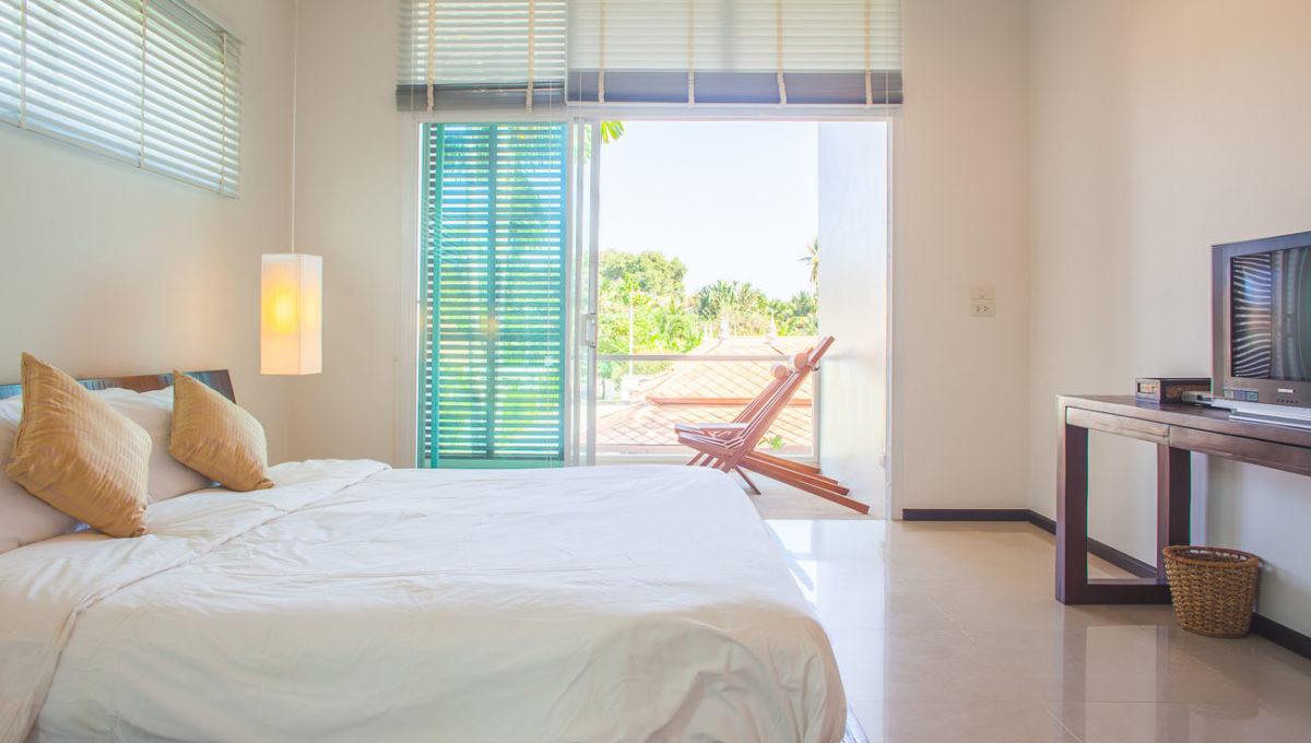 V5 - Second bedroom2