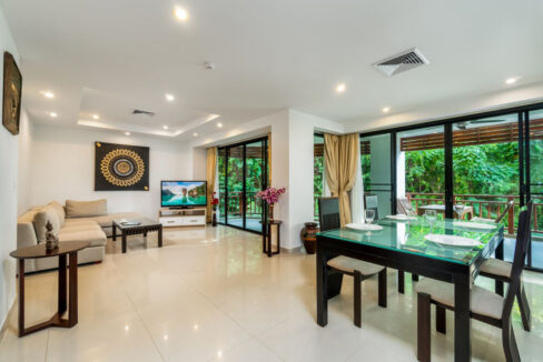 1_1BDR Deluxe 94 sqm