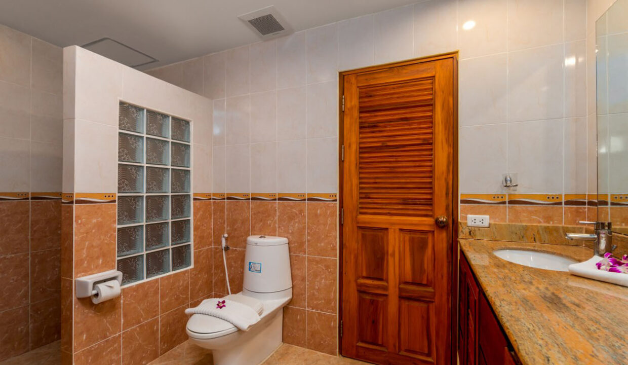 7_1BDR Deluxe 94 sqm