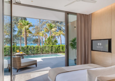 Grand-Azure-Sea-View-Suite-Private-Pool-_Bedroom-2-400x284