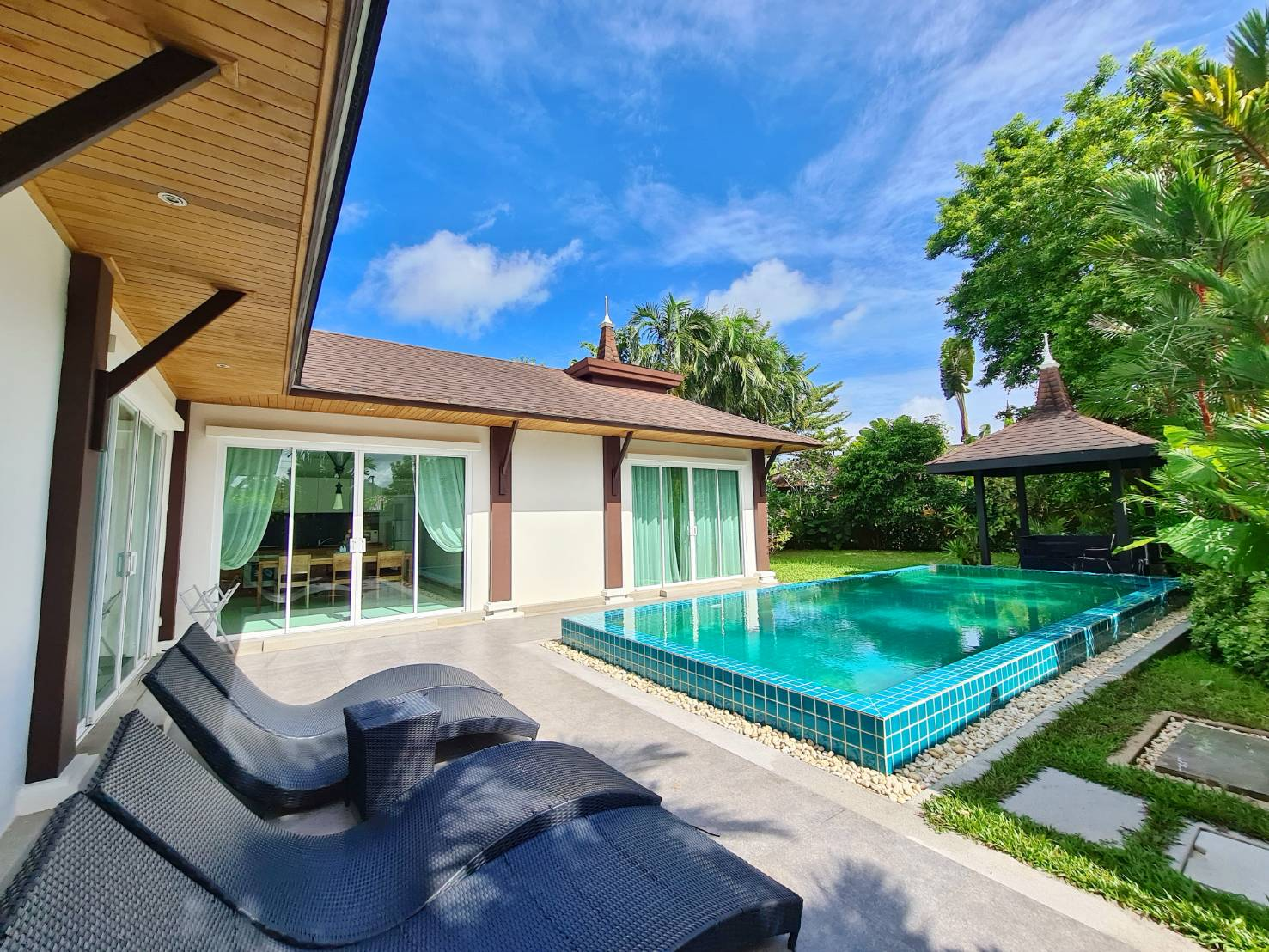 Discounted 2 bedroom villa for sale ฿8.5m from ฿11.5m