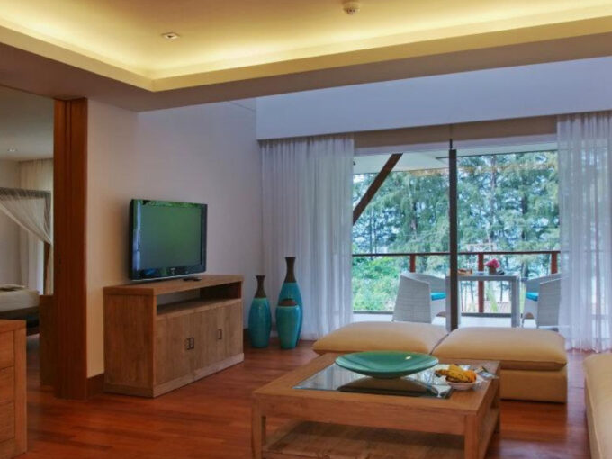 Beachfront 4 Bedroom Duplex Luxury Penthouse