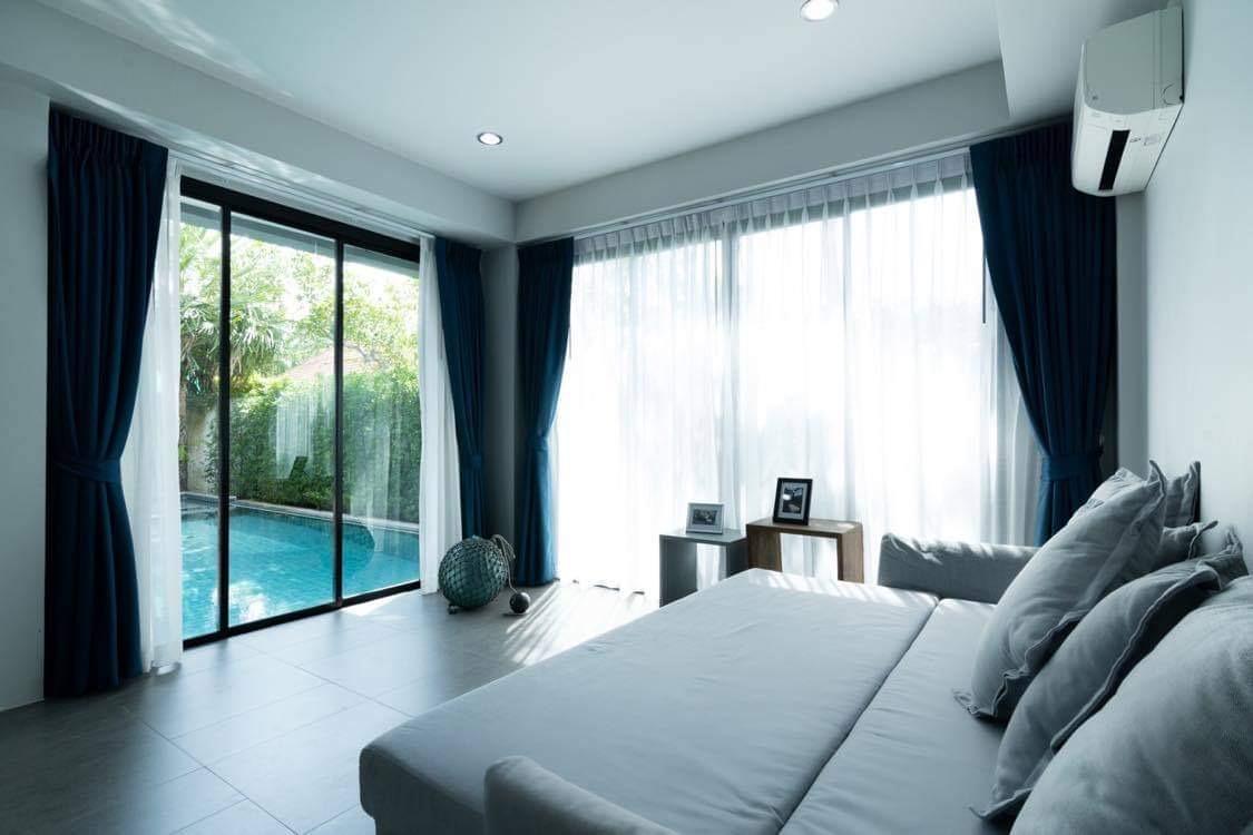 Private Pool villa in Pasak